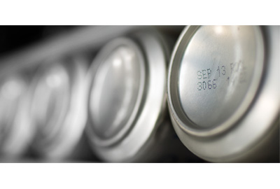 Coding and marking in the beverage industry: helping you to decide between CIJ and laser